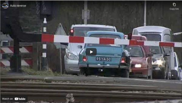 Ami 8 stuck in reverse gear – video!